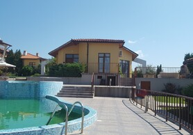 Нoliday house for sale in complex Montemar