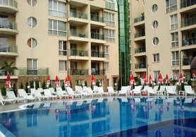 Spacious furnished studio 200 meters from the beach!